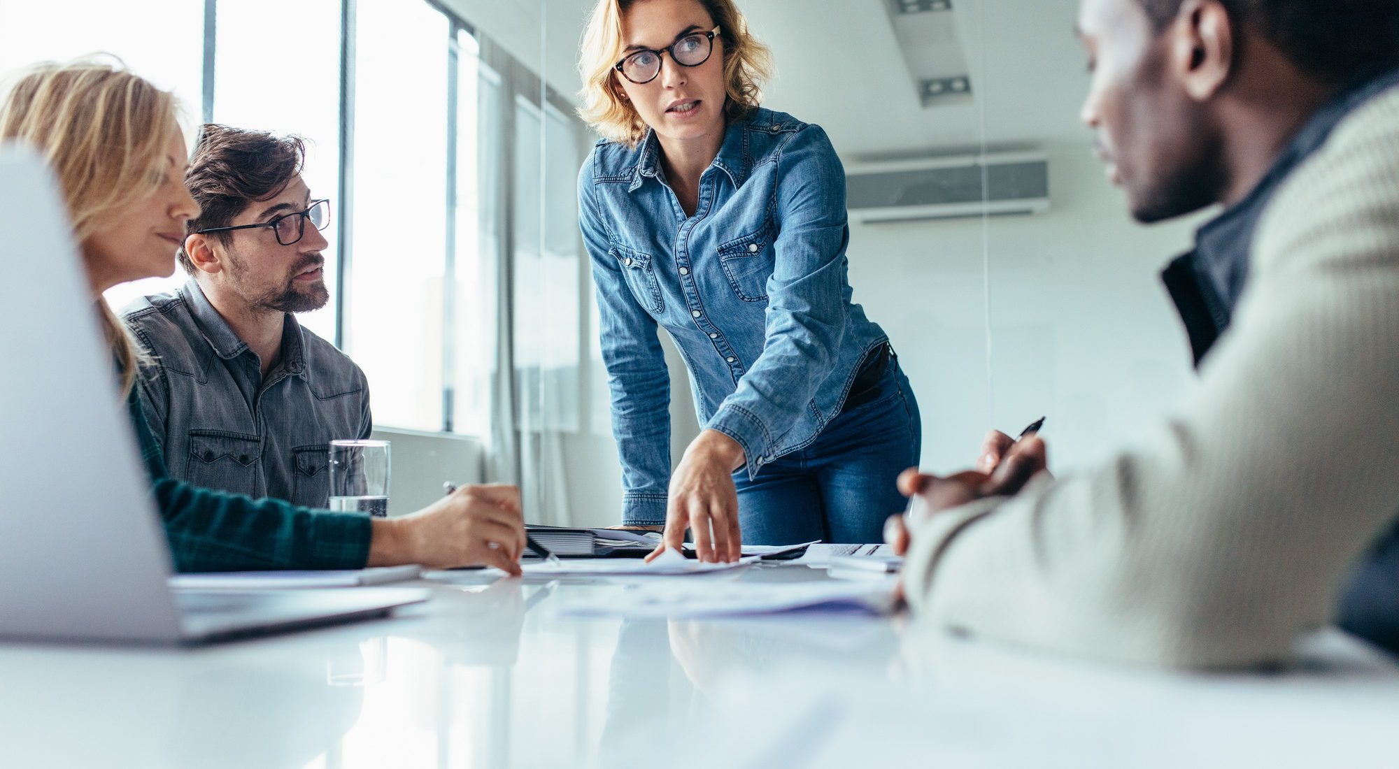 Gespräch mit dem Kunden über Leistungen im externen Rechnungswesen