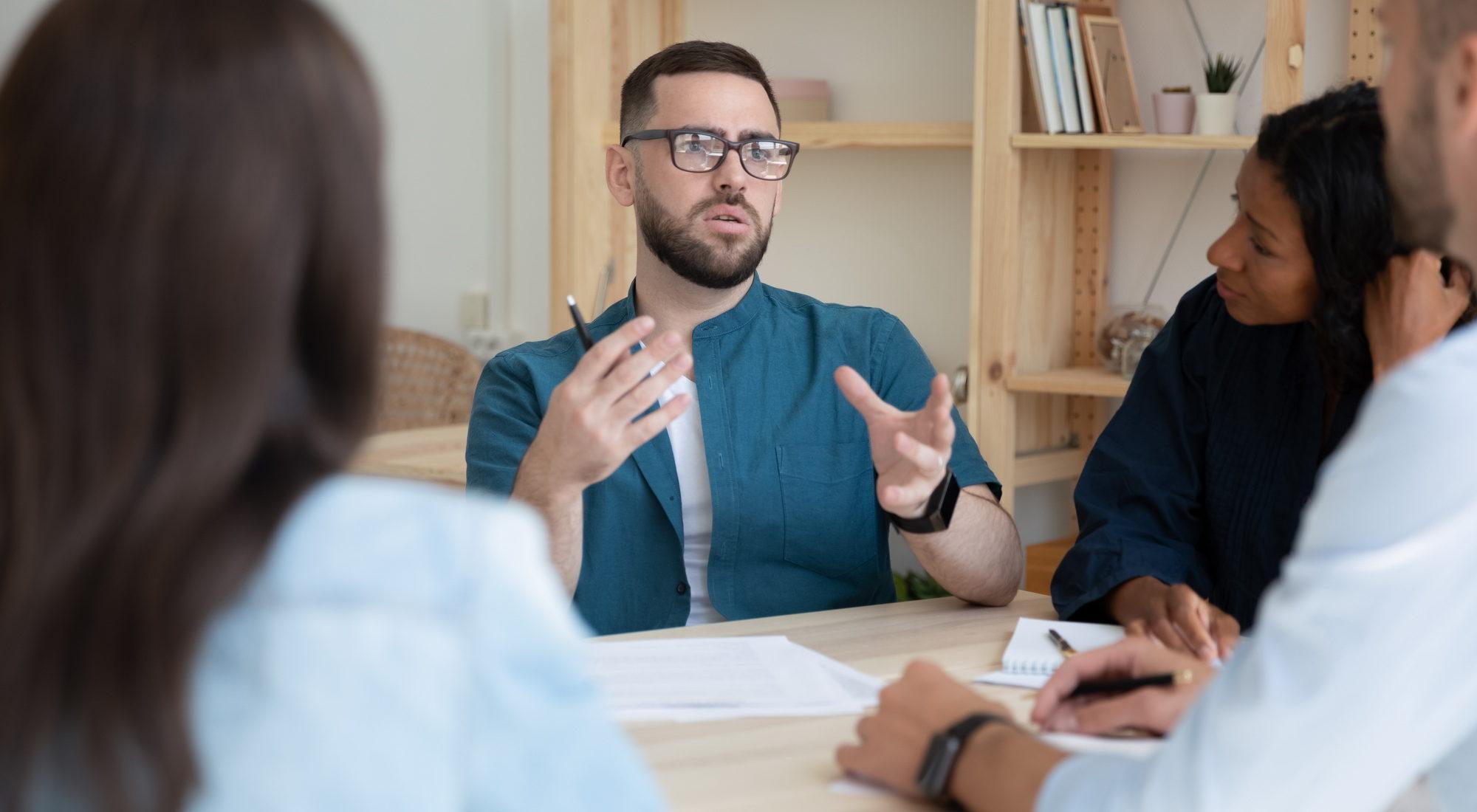 Im Gespräch mit dem Kunden Vorteile der Kell-Leistungen besprochen.
